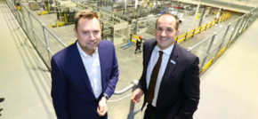 Northern Powerhouse minister visits AkzoNobel Ashington