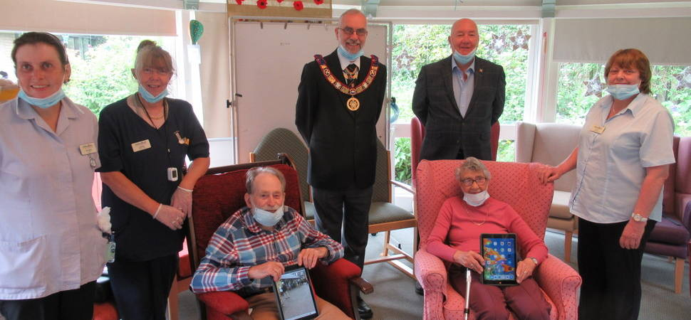 Residents Take Their Tablets