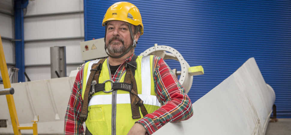 Concert rigger climbs renewable energy skills ladder at Northumberland College