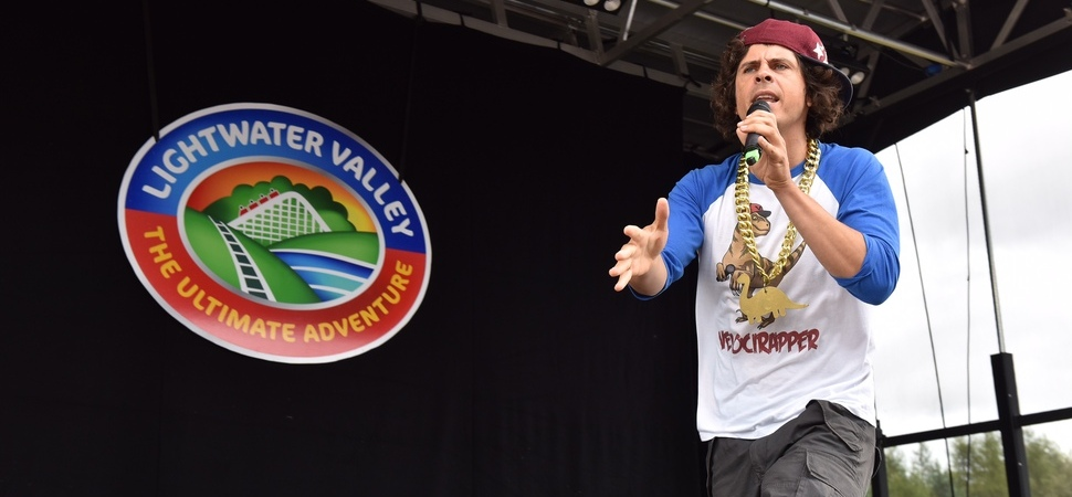 Children's TV star Andy Day boosts summer visitors to Lightwater Valley