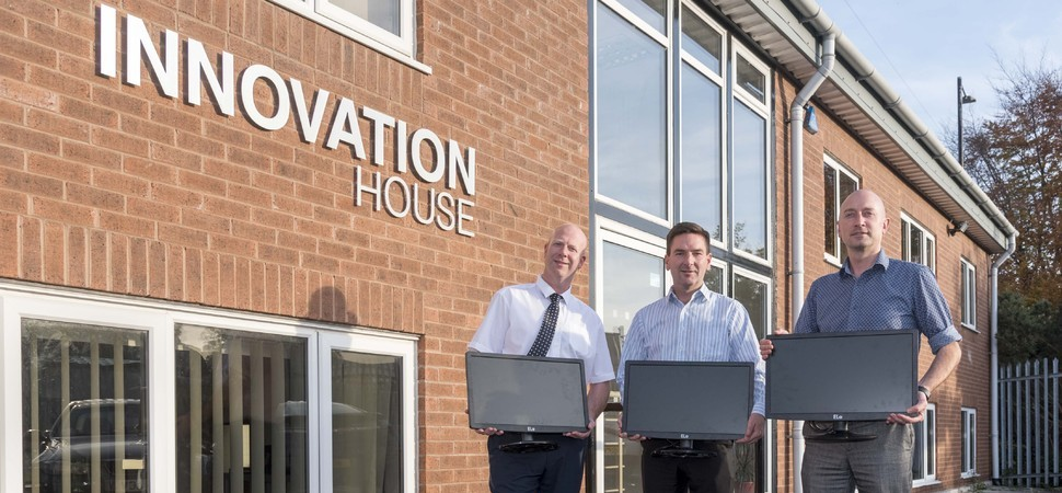 North West energy and IT innovators join forces to reduce school's energy costs