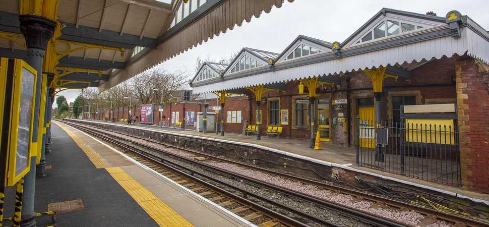 Merseyrail launches smoking ban at all stations