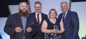 Brian Blessed presents Derby service advisor with national award