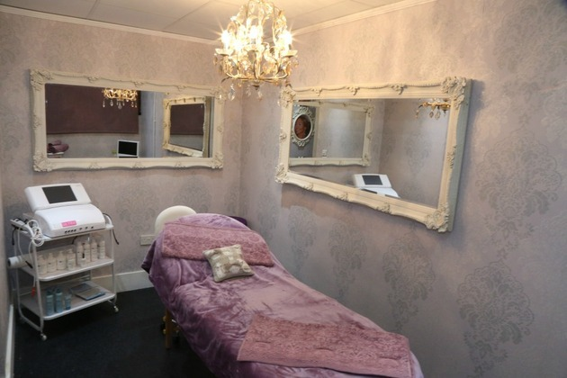 Beauty & Holistic Lounge helps Liverpool ladies regain their youth