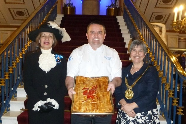 Liver-pie! Carringtons celebrate British Pie Week by creating special Scouse pie