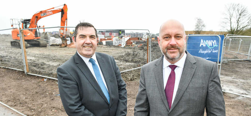 Knowsley Council Leader breaks ground for Anwyl Homes in Prescot