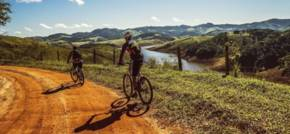 The Best UK Cycling Routes to Explore This Sumer
