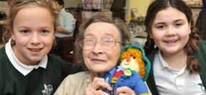 Scarecrow brings Eye pupils and care home residents together