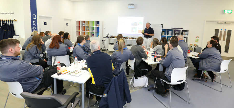 AkzoNobel launches second UK Dulux Academy