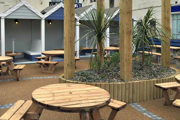 DV8 Designs 'adds new lease of life' into popular Cornwall pub Tywarnhayle Inn