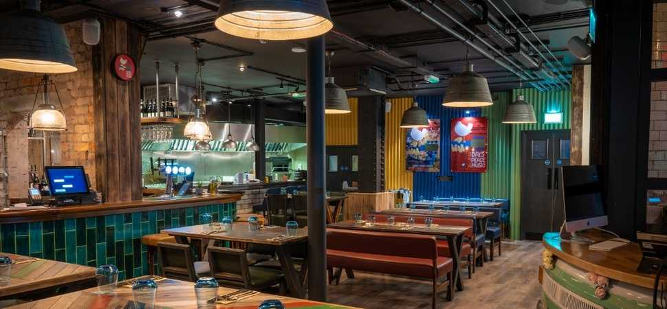 Medlock FRB fits out new restaurant and bar on iconic Liverpool street