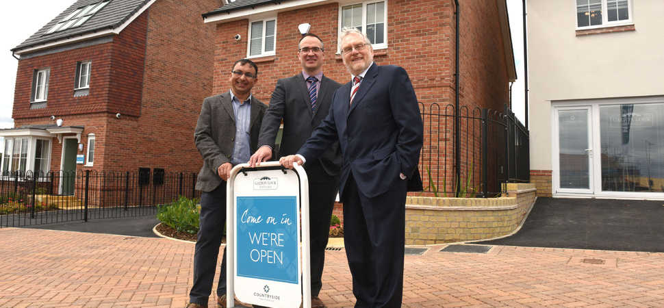 Rt. Hon John Spellar unveils new £32m Smethwick Housing Development