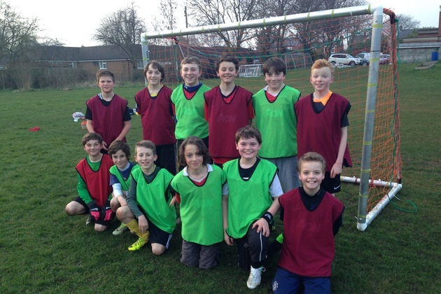 £1,000 grant helps football team shoot for success