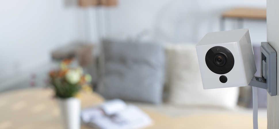 Neos SmartCam Disrupts UK Smart Home Market