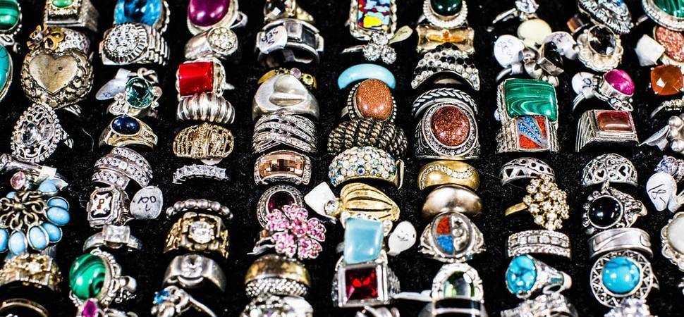 Dealing with uncertainty Brexit and the UK jewellery market