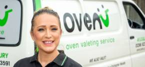 Aylesbury businesswoman Kerry sparkles with diamond customer service award