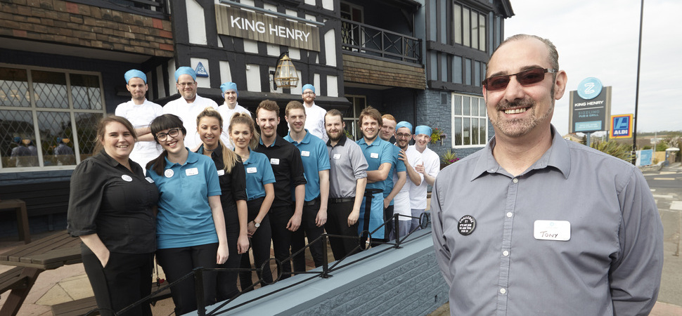 Sizzling New Look for King Henry Pub in Bramley