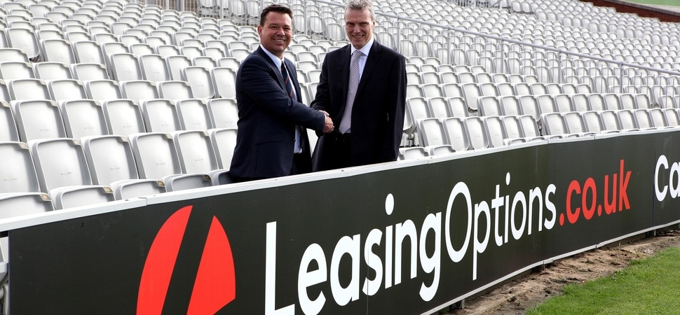 Lancashire County Cricket Club announces partnership with LeasingOptions.co.uk