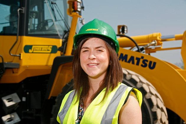 Quantity surveyor Lisa celebrates chartered status