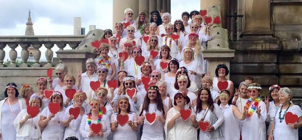 St Johns Shopping Centre Hosts Valentine's Fundraising