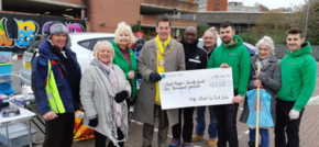 £2,000 Donation to Lord Mayors Charities From High Street Boot Sale Organisers