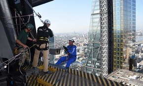 Cheshire entrepreneur completes record-breaking charity abseil