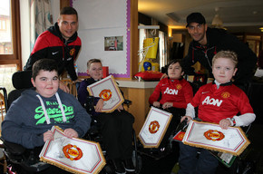 Manchester United Stars Delight Francis House Children's Hospice