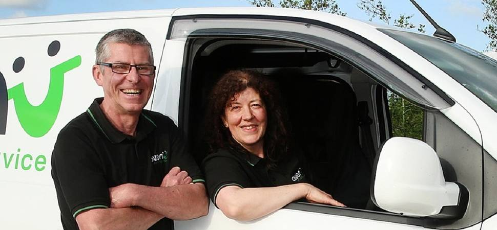 Warrington couple sparkle with diamond customer service award