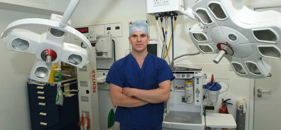 Leading shoulder surgeon boosts orthopaedics team at Nuffield Health