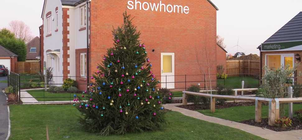 Residents join forces to bring Christmas cheer to new homes site