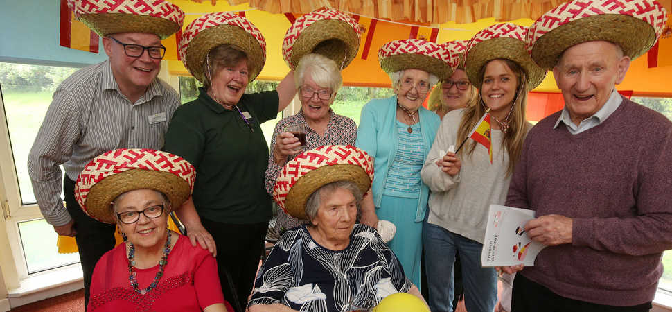 Care home residents living La Vida Loca with language lessons