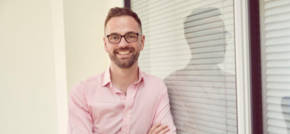 Social media entrepreneur now works with 10,000 customers