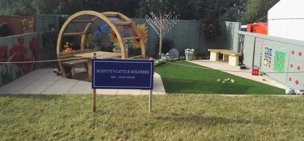 Charity show garden wins award
