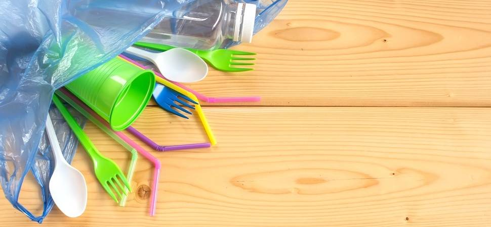 How to reduce single use plastics in the workplace