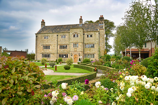 Stanley House welcomed to Trip Advisor's Hall of Fame