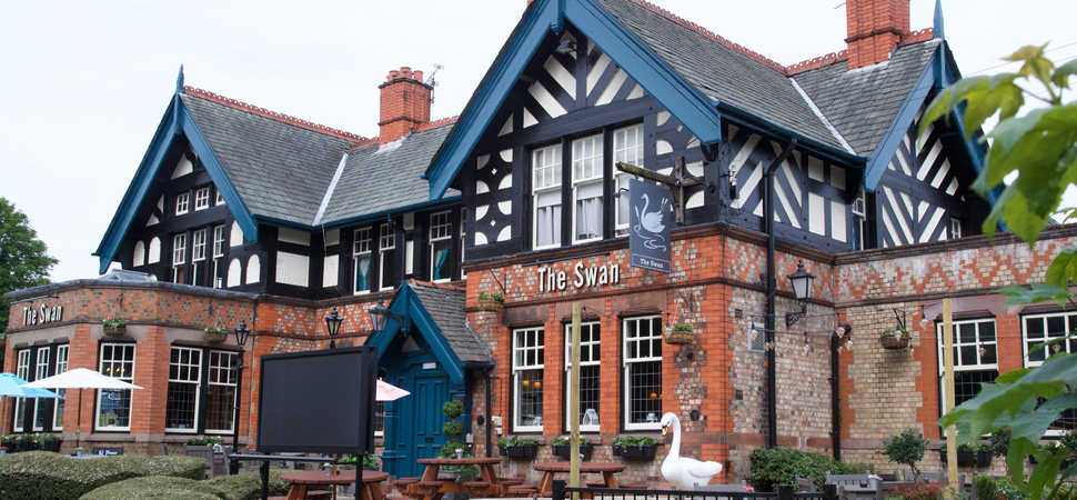 Winwick pub reopens with fresh new look