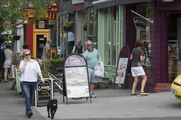 Handepay creates UK's first 'cashless' street