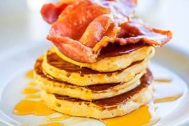 Ultimate Café hosts 'Battle of the Breakfasts' to mark National Breakfast Week