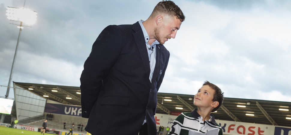 Young reporter, aged 8, wins the chance to interview Sale Sharks rugby star