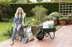 Melinda Messenger hunts for the North West's best landscaped garden