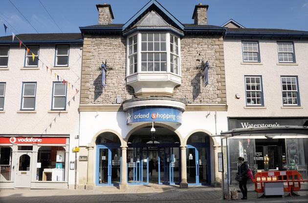 Agents offer rent-free deal on Westmorland Shopping Centre unit