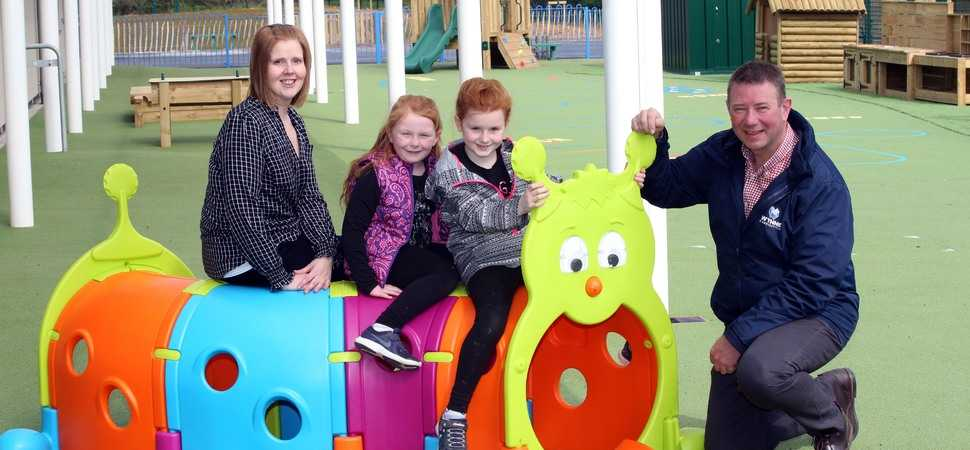 Pupils and families celebrate as modern new school is completed